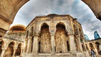 экскурсия Баку и Гобустан