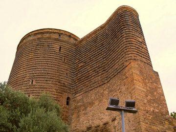 девичья башня Баку - достопримечательности Баку