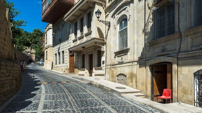 черт побери баку - достопримечательности Баку