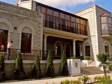 Дом-музей братьев Нобель - достопримечательности Баку