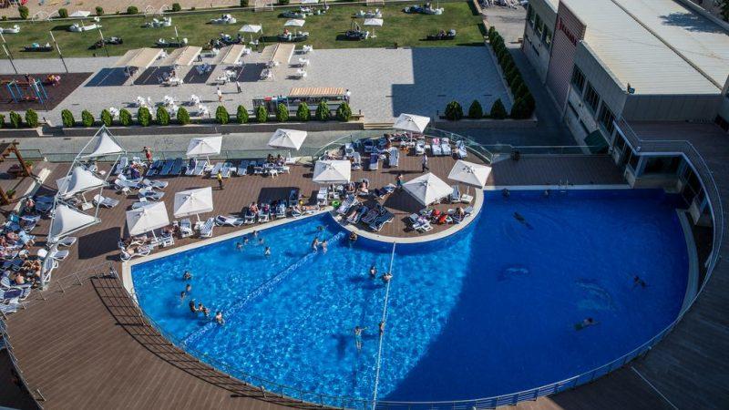 ramada-baku-beach-hotel-3